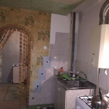 Продам двухкомнатную квартиру на улице Блинова