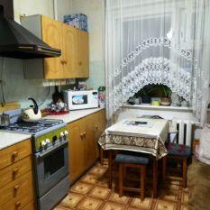 Продана трехкомнатная квартира продажа на ул. Грибоедова, 11